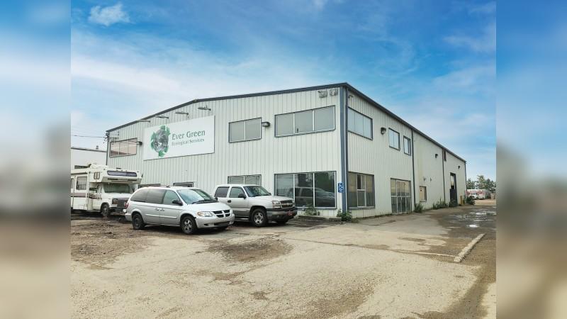 Industrial Building - 6105 76 Avenue, Edmonton - Industrial - Sale