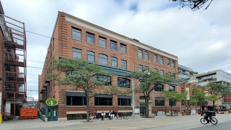 590 King Street West - Office - Sublease