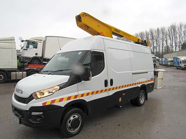 Iveco Daily Versalift