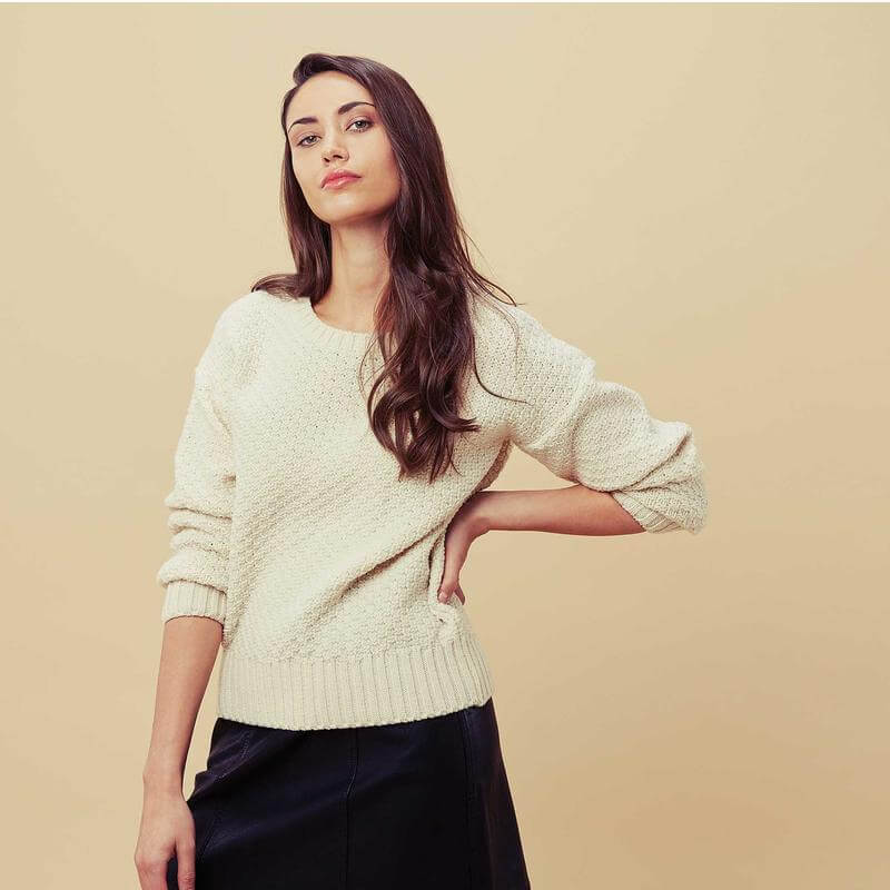 Merino off-white long sleeve knitted ladies pullover manufacturer