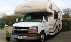 THOR FREEDOM ELITE 23H 2014 *** 2369 MILES ONLY***