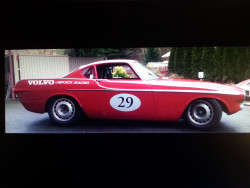 Volvo P1800 - Quick! Comes with small open trailer !!