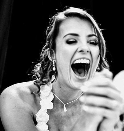 Looking For The Best Wedding Photographer? Here's 3 Styles To Choose From…