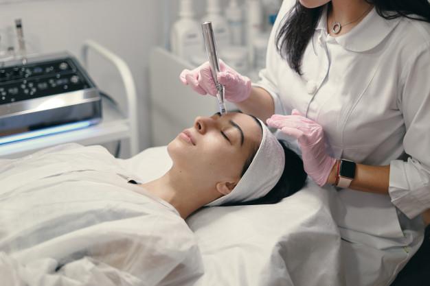 Comenzamos el curso de Estética integral y Atme (auxiliar técnico en medicina estética)