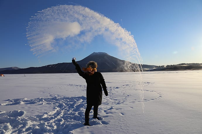 Mornings on Lake Akan in winter are so cold that hot water droplets immediately evaporate in a cloud when thrown in the air.
