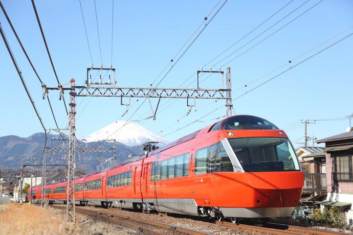 Odakyu Electric Railway's Limited Express Romancecar