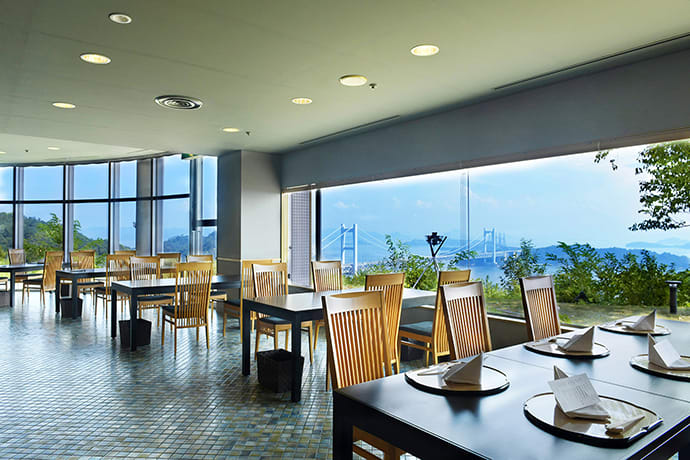 Restaurants in the Kurashiki Setouchi Kojima Hotel are spacious and offer beautiful views over the Seto Inland Sea. English menus are available.