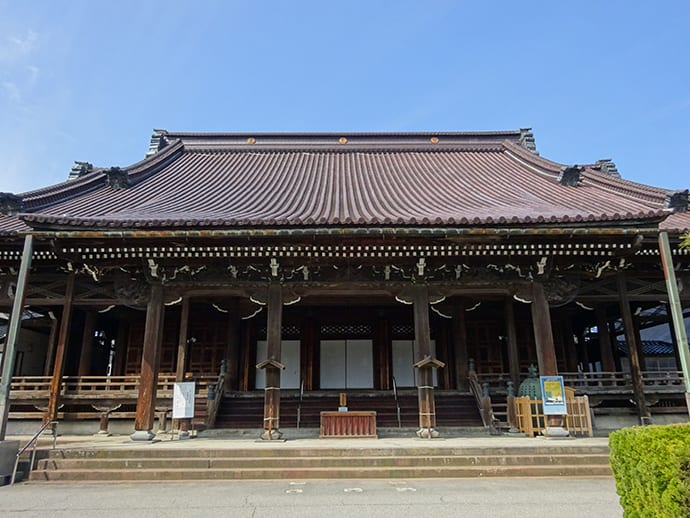 The main temple building was completed in 1849. Photo credit: Hongwanji Kanazawa Betsuin