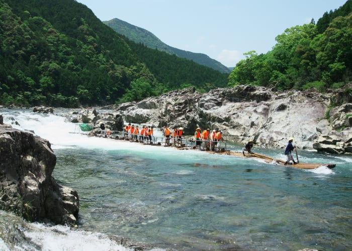 Kitayama River Sightseeing and Log Rafting