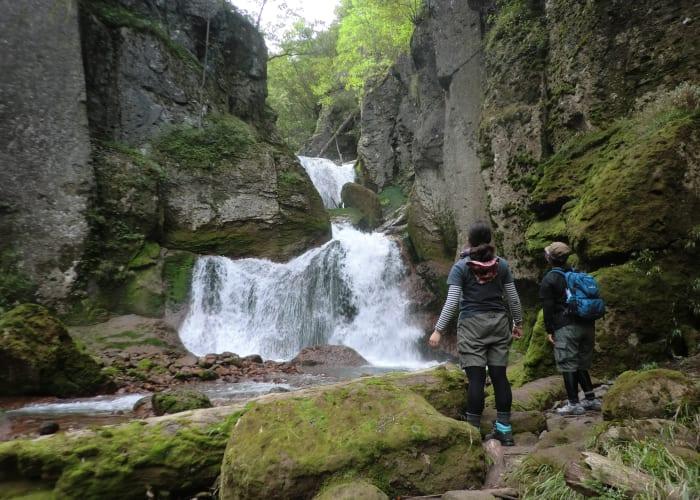 Momijidani Hiking Tour