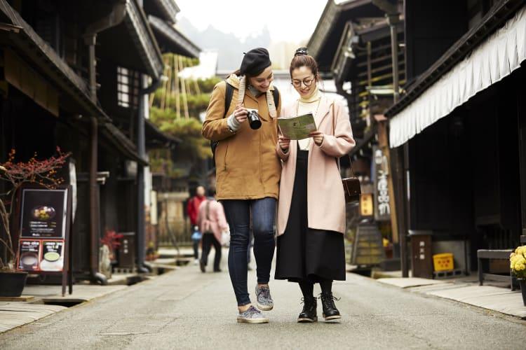 다양한 여행 이야기를 둘러보며 새로운 영감과 아이디어를 찾아보세요