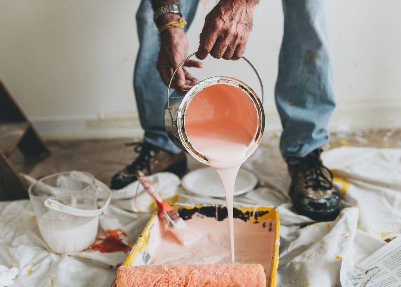 pink festék festő