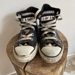 Jolly Brown Vintage Kids Converse Multi Skulls Size 10.5