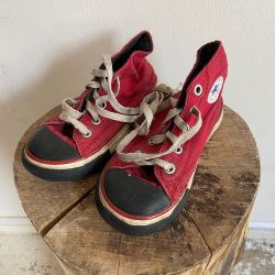 Jolly Brown Vintage Kids Converse Red & Black Size 7
