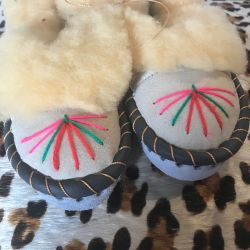 Sheepers Little Folk Childrens Slippers 9-10