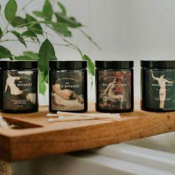 The Wild Botanist Cashmere, Violet & Saffron Natural Candle
