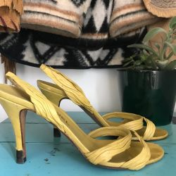 Vintage 90s Chanel strappy heels
