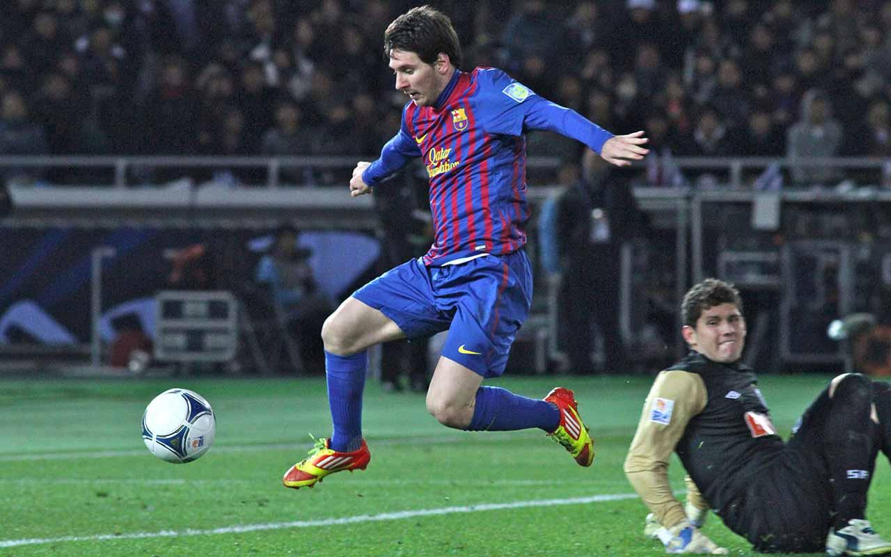 Messi, Cristiano Ronaldo e Van Dijk disputam prêmio da Uefa e Alisson é 4º melhor