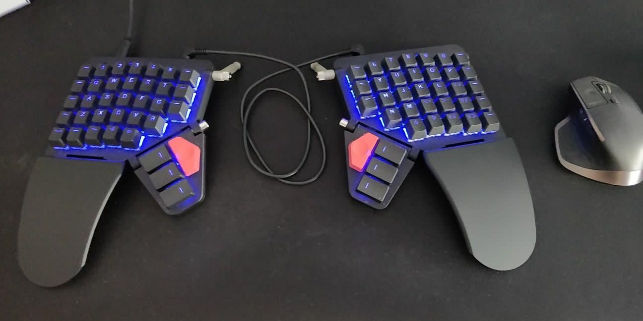 ZSA Moonlander keyboard