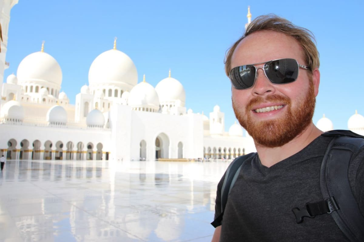 Abu Dhabi - Making the Best of a 36-Hour Layover in the UAE