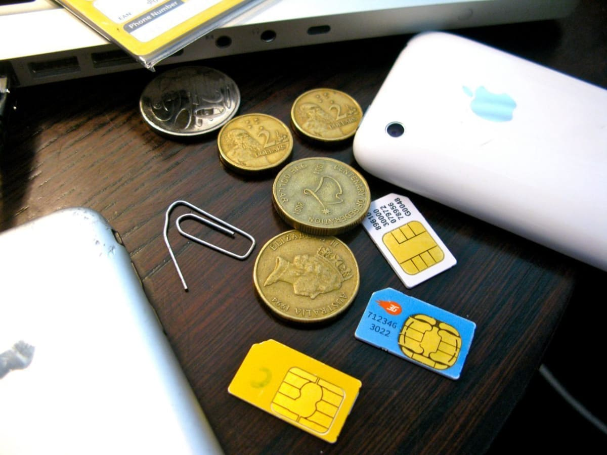 5 simple tips to prepare your phone for travel