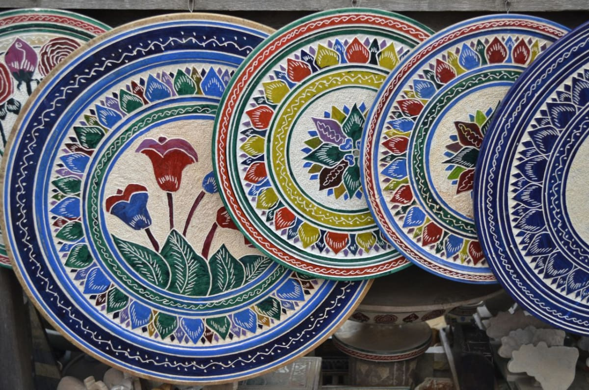 Ouro Preto Brazil, Soapstone Market handcrafted plates, Source: Lunna Campos https://flic.kr/p/oWYuEJ