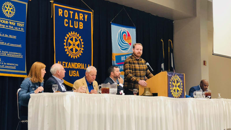Judson speaks to the Rotary Club of Alexandria