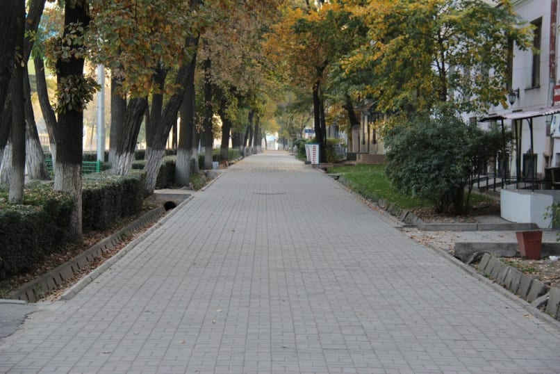 Bishkek Photo Tour - A Morning in Kyrgyzstan's Capital City