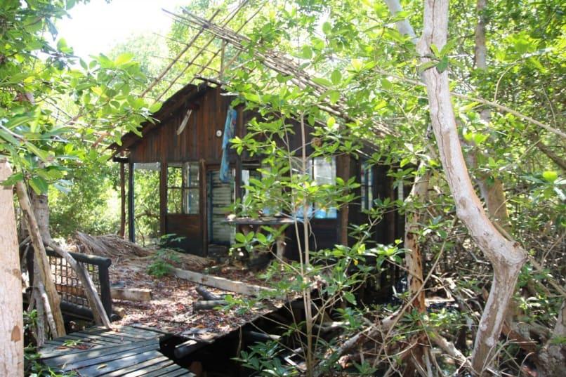 Isla Palma, Colombia (former summer home of Pablo Escobar)