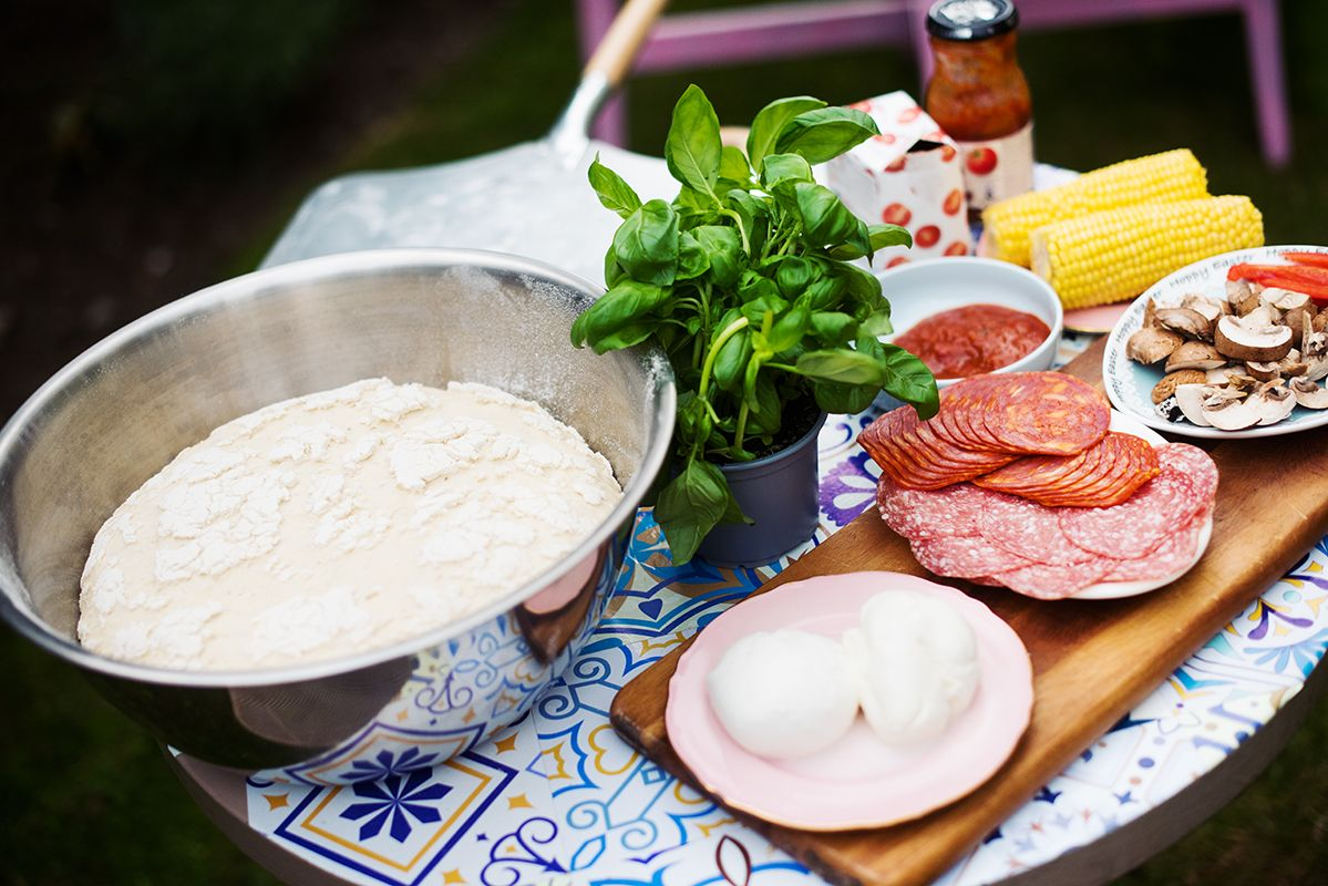 ooni-pro-pizza-oven-pic-ingredients-ready