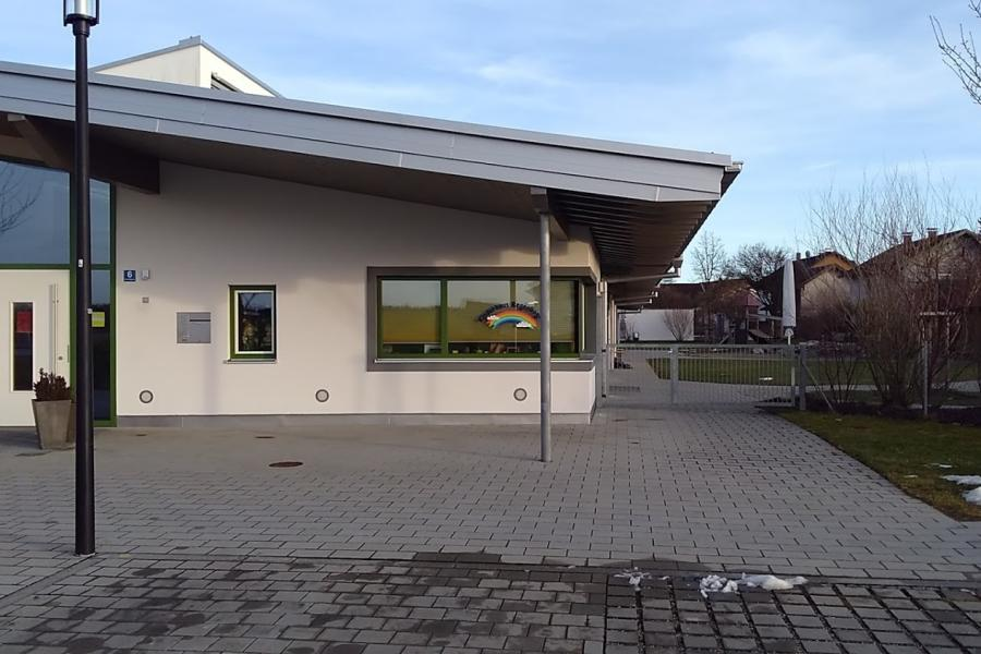 Kath. Kindergarten - Bild 1