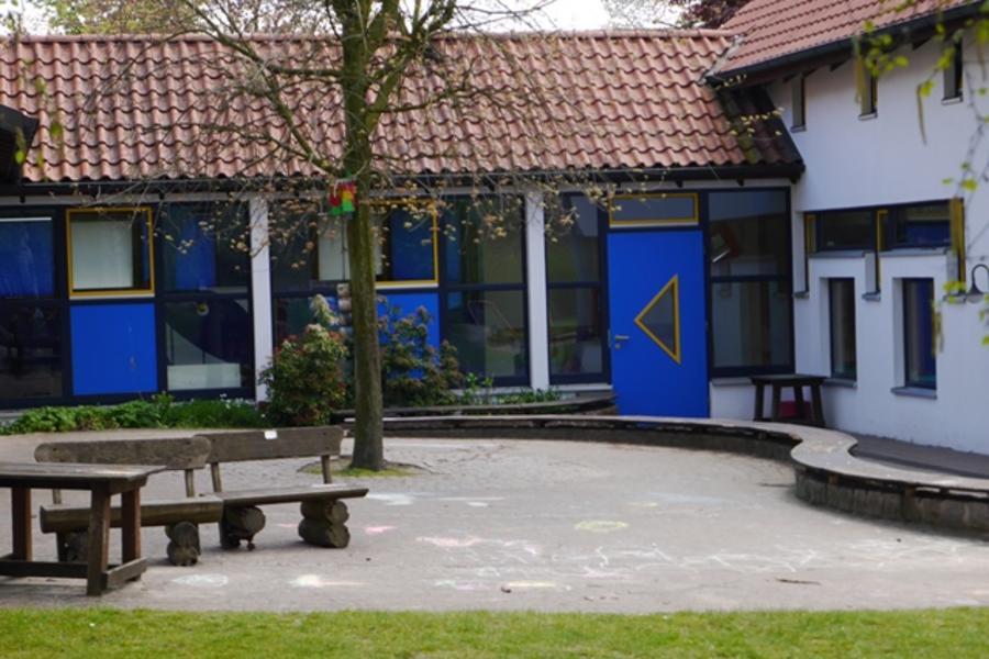 Ev. Kindergarten - Bild 1