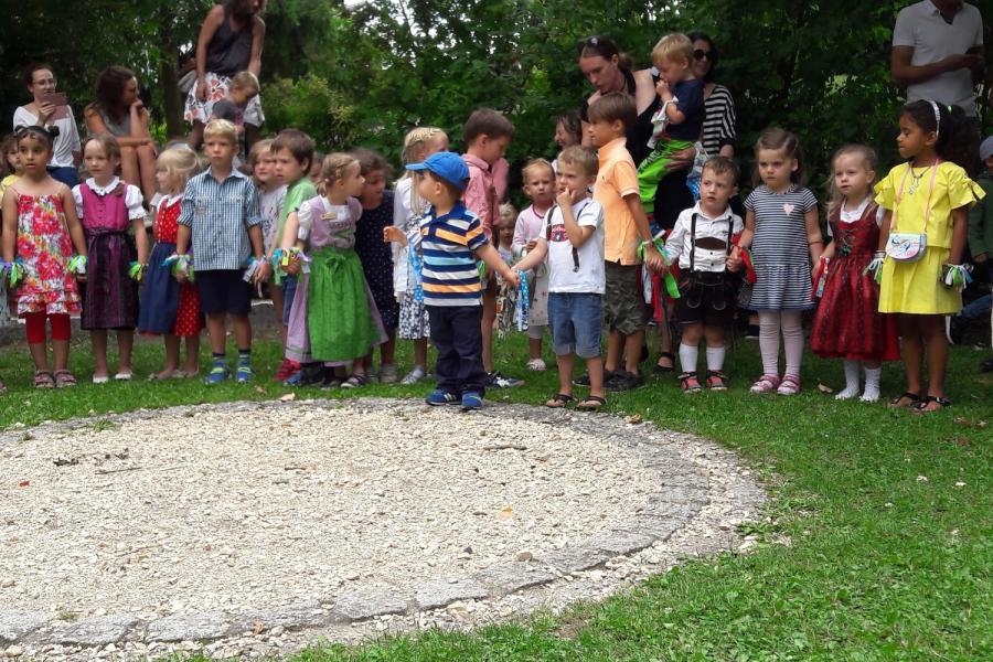 Kath. Kindergarten St. Michael - Bild 1