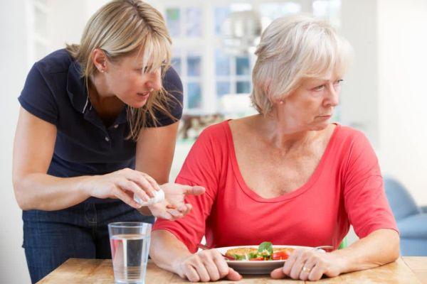 Ученые выяснили, какие конкретно продукты могут затормозить деменцию после 80 лет