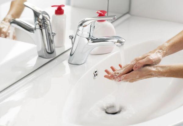 Антибактериальное мыло не является лучшим во время пандемии: выбираем правильное мыло с врачами