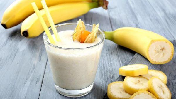 Диетологи не рекомендуют есть бананы на завтрак