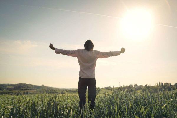 Как помочь пьющему человеку вернуться к нормальной жизни