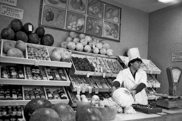 """Березовый сок, """"птичье молоко"""" и """"морковь по-корейски"""" - интересные факты о советских продуктах"""
