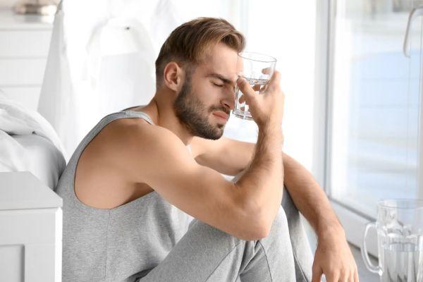 Как избавиться от похмелья: 5 надежных способов