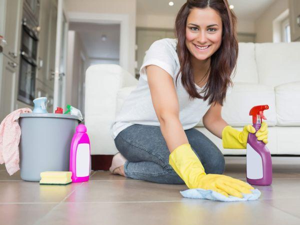 Австралийка решилась на необычный эксперимент по приучению своей семьи к уборке, но он не задался