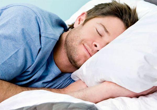 Какие вредные привычки могут испортить ваш сон