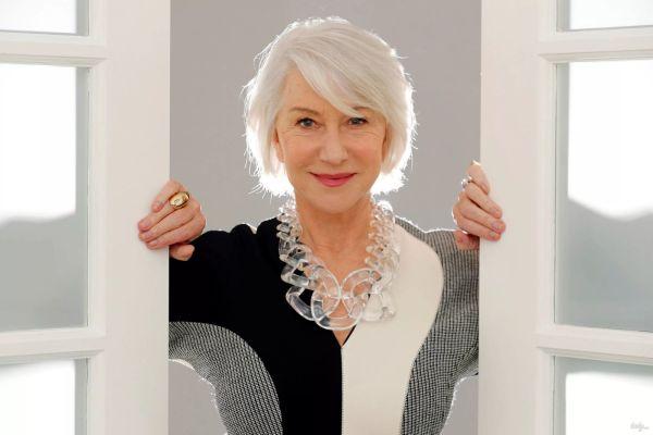 Одежда, из-за которой женщина после 60 кажется полнее, чем она есть – что пора выкидывать из шкафа