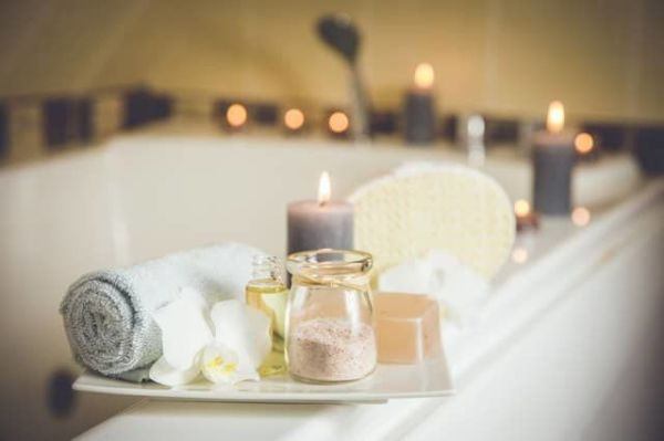 Как избавиться от стресса в ванне с морской солью