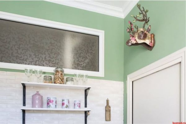 Зачем между ванной и кухней нужно окно