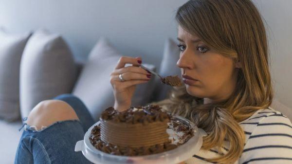 Почему мы едим, когда не голодны, и как есть и худеть