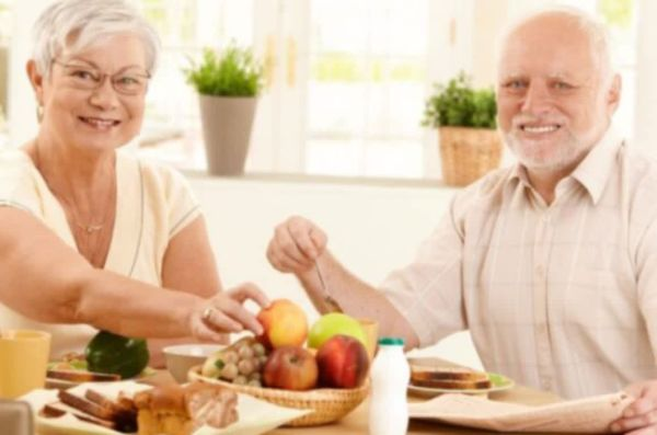 Названа самая эффективная диета для борьбы со старением
