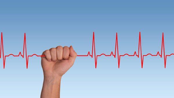 Почему эмоциональное выгорание увеличивает риск инсульта и как этого избежать