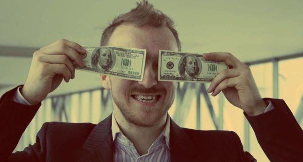 Как деньги влияют на мозг и наше поведение