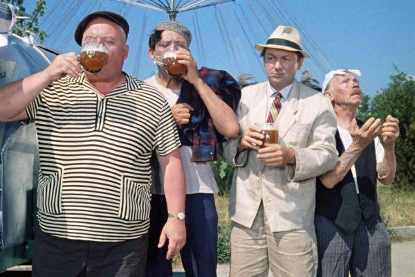 Хронические алкоголики живут на 15 лет дольше людей, которые работают без отпуска и еще несколько странных фактов