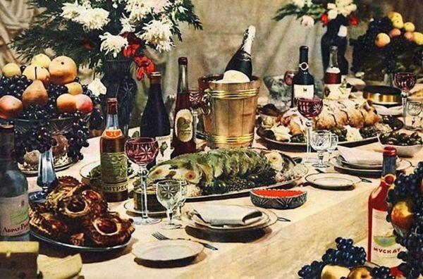 Как появился советский бестселлер - Книга о вкусной и здоровой пище